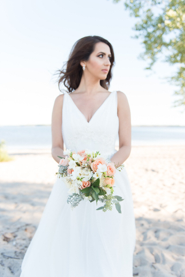 Alaa-Jad-Ottawa-Beach-Bridal-Shoot-Ali-Batoul-Creatives-35