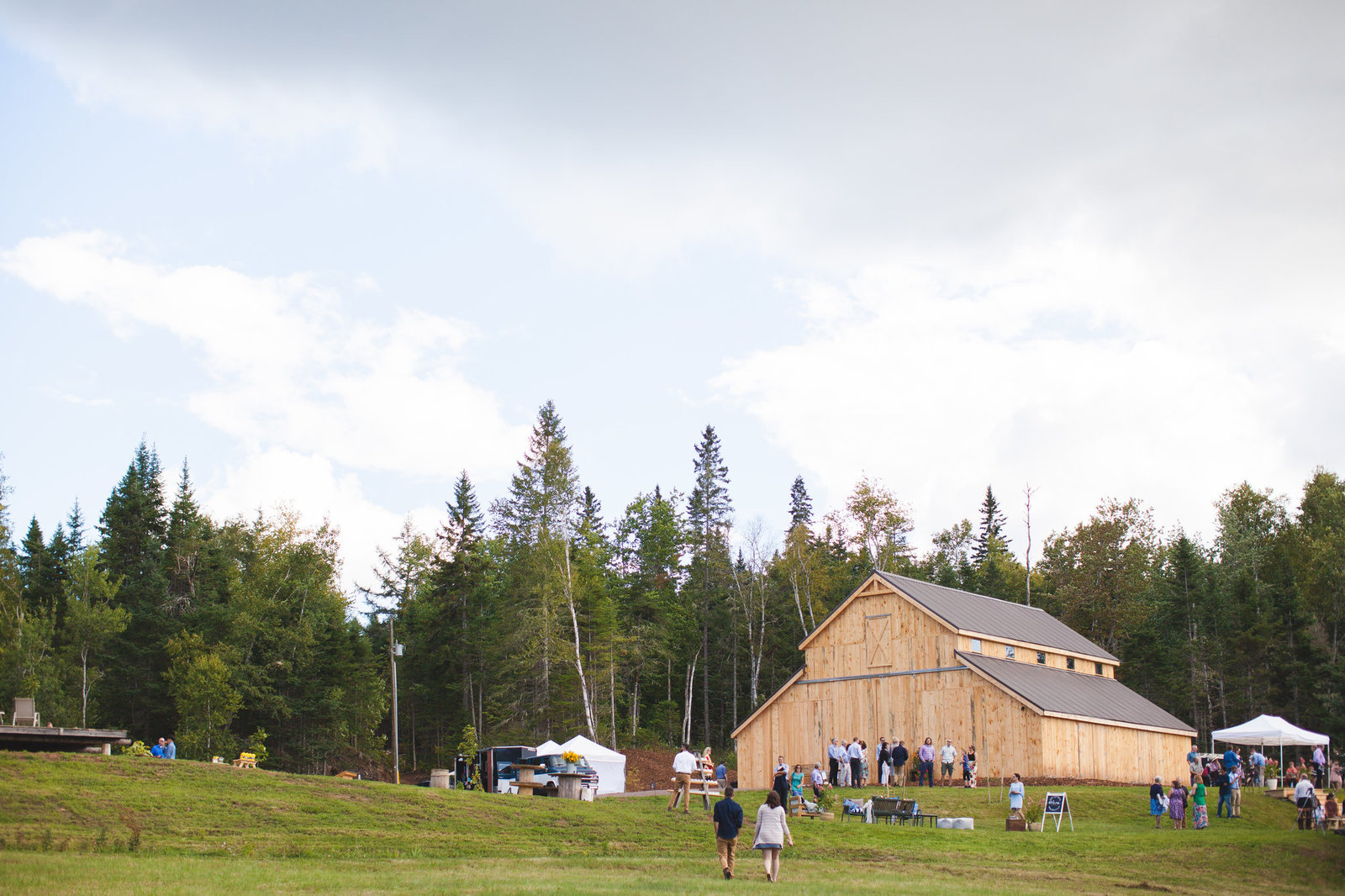 Saint John NB Wedding Photographers & Filmmakers - NB Barn Wedding22