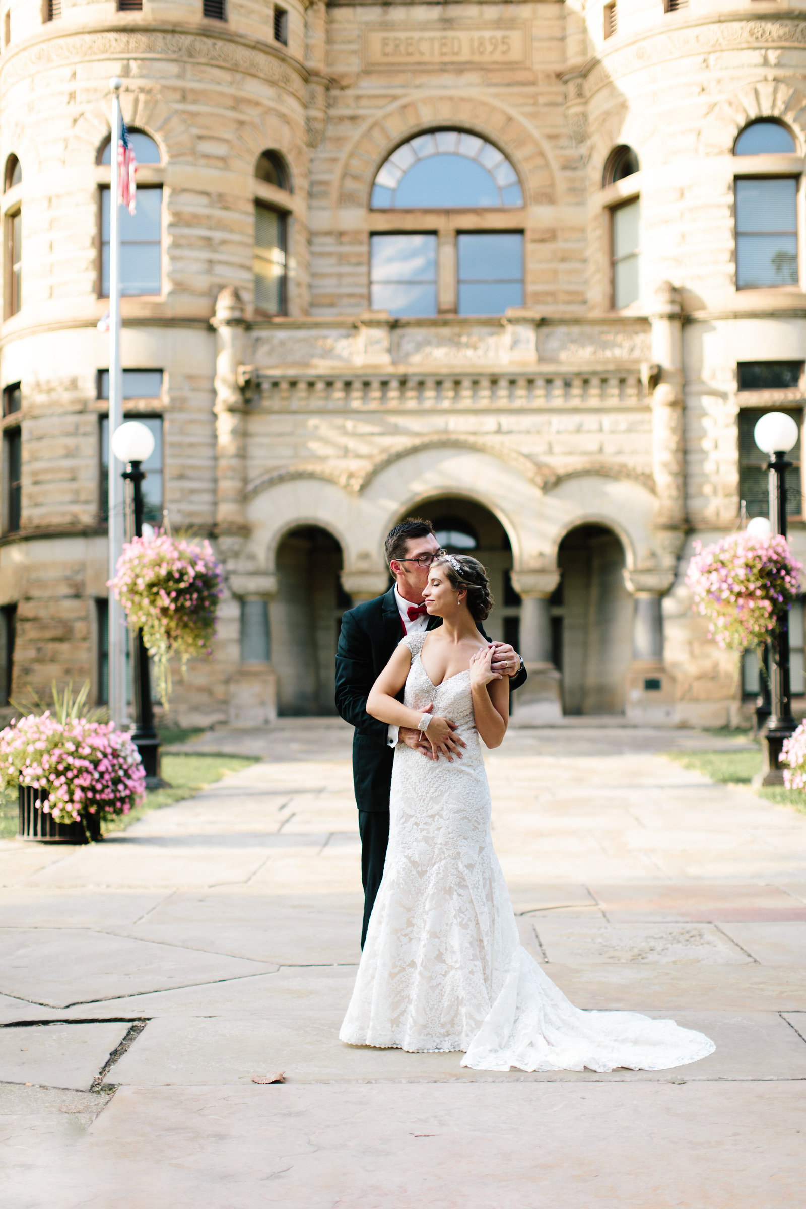 Upscale wedding in NE Ohio by Austin and Rachel Photography
