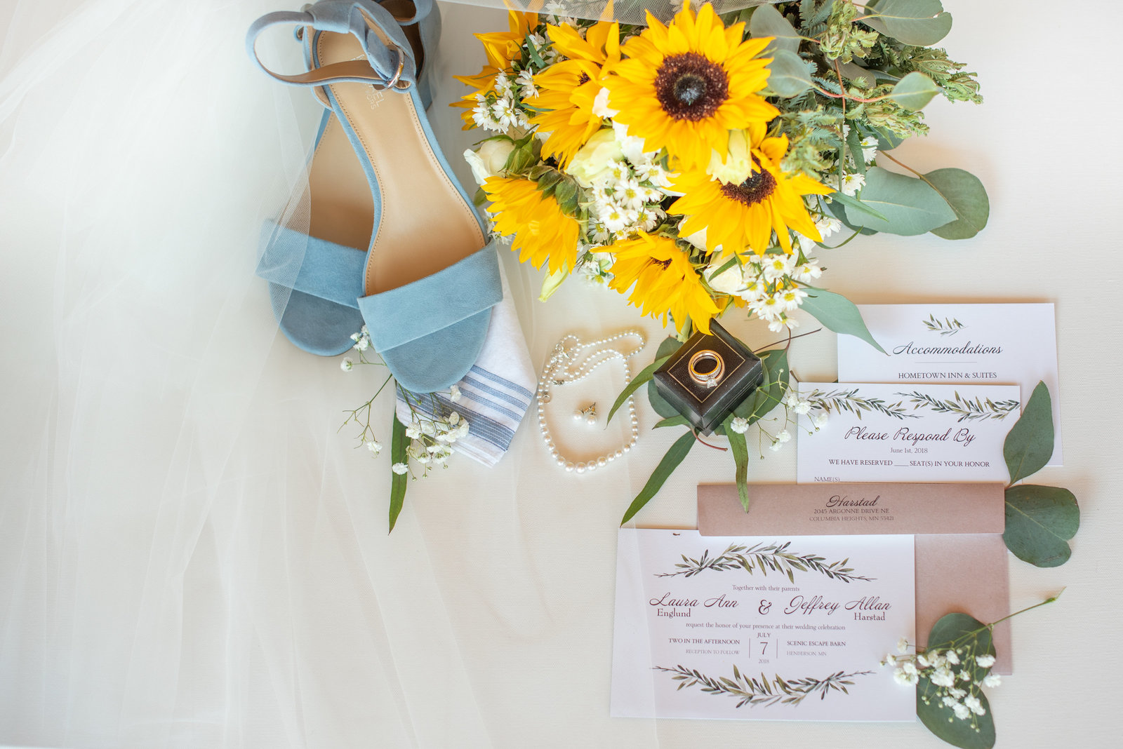 Wedding Details at Scenic Escape Barn By Kara Olson Photography