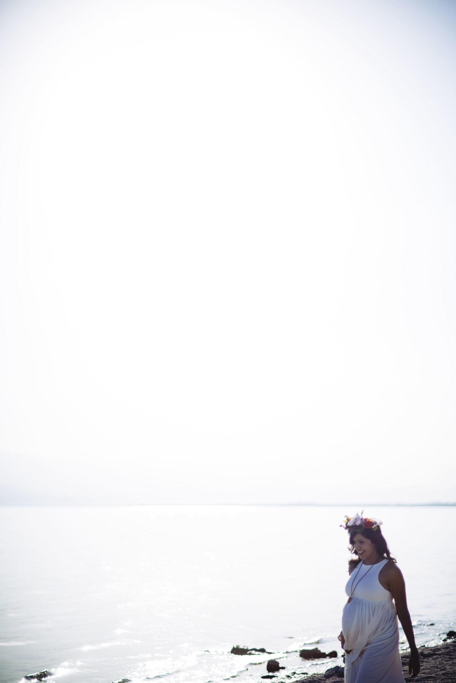 Salton Sea Maternity portraits