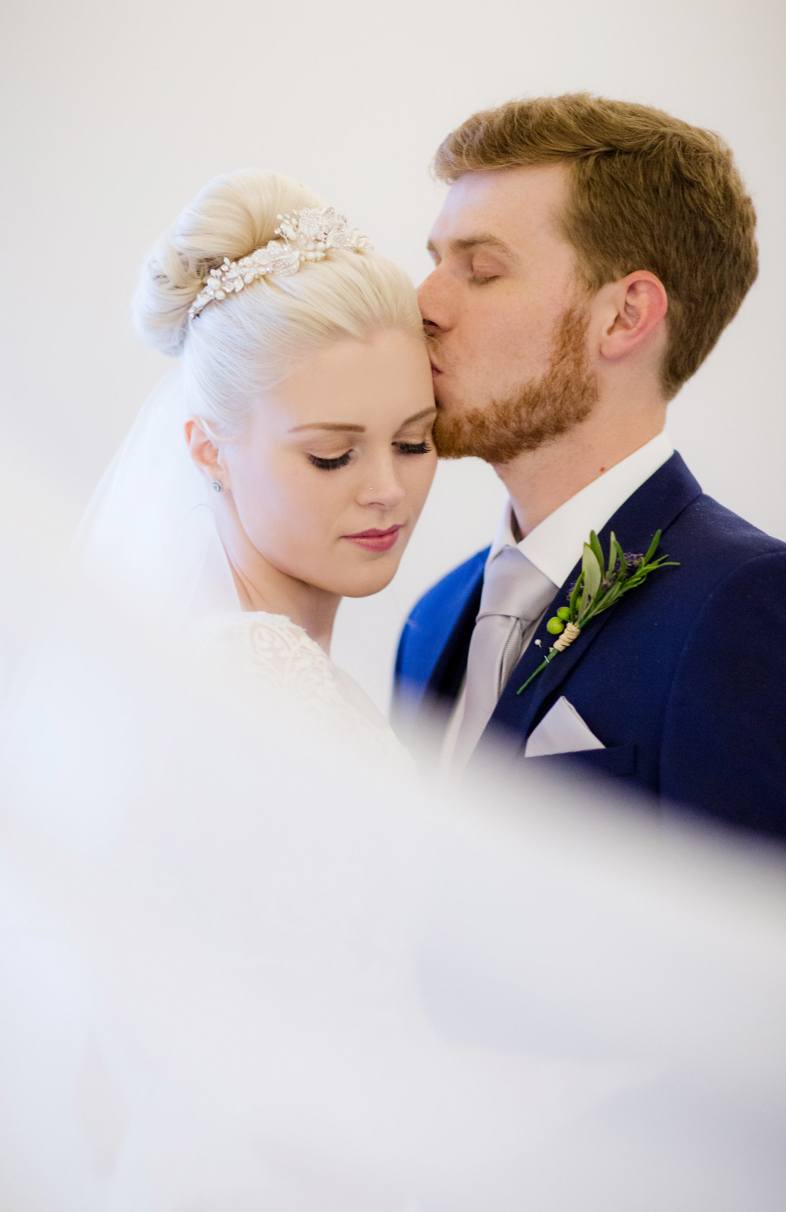 adorlee-0690-southend-barns-wedding-photographer-chichester-west-sussex
