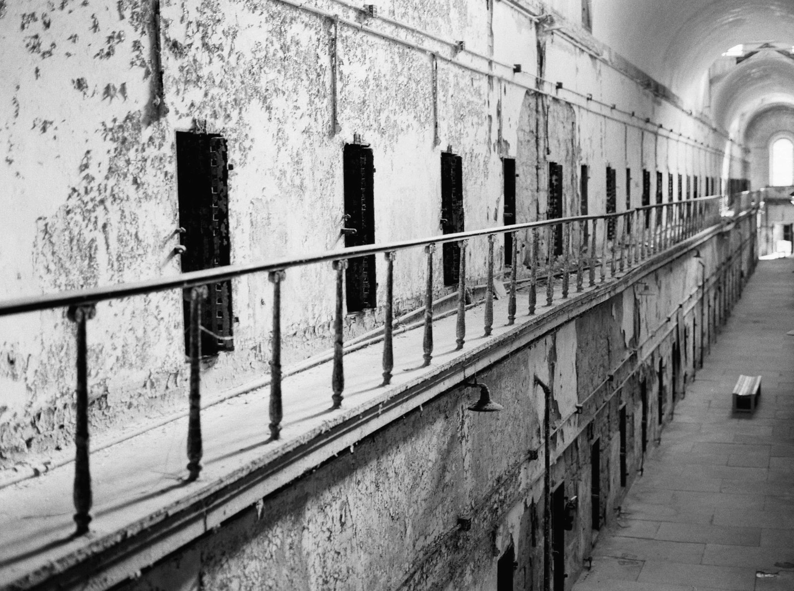 hall-cell-eastern-state-penitentiary-film-philadephia-pa-kate-timbers-photography-1985