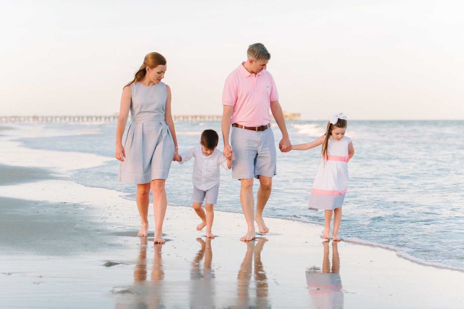 Family Pictures | Myrtle Beach Family Photography Ideas | What to wear to your family session in Myrtle Beach-1