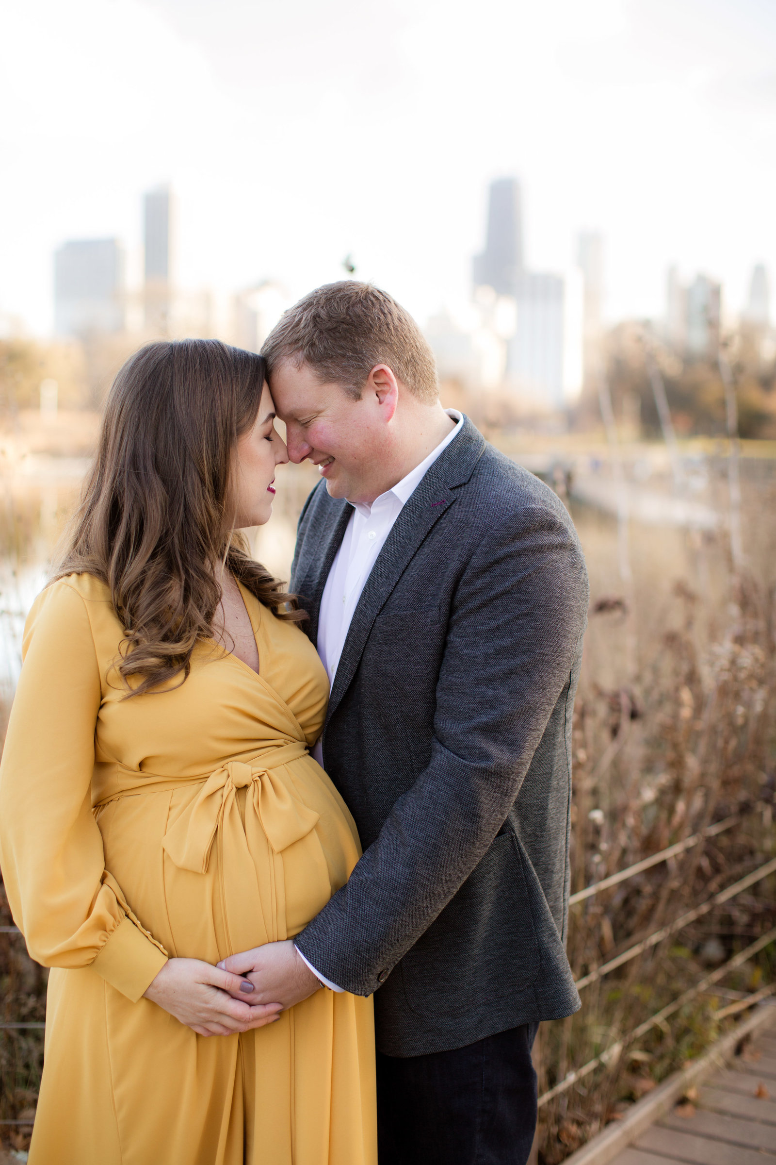 Chicago Maternity & Pregnancy Natural Light Photographer in Lincoln Park