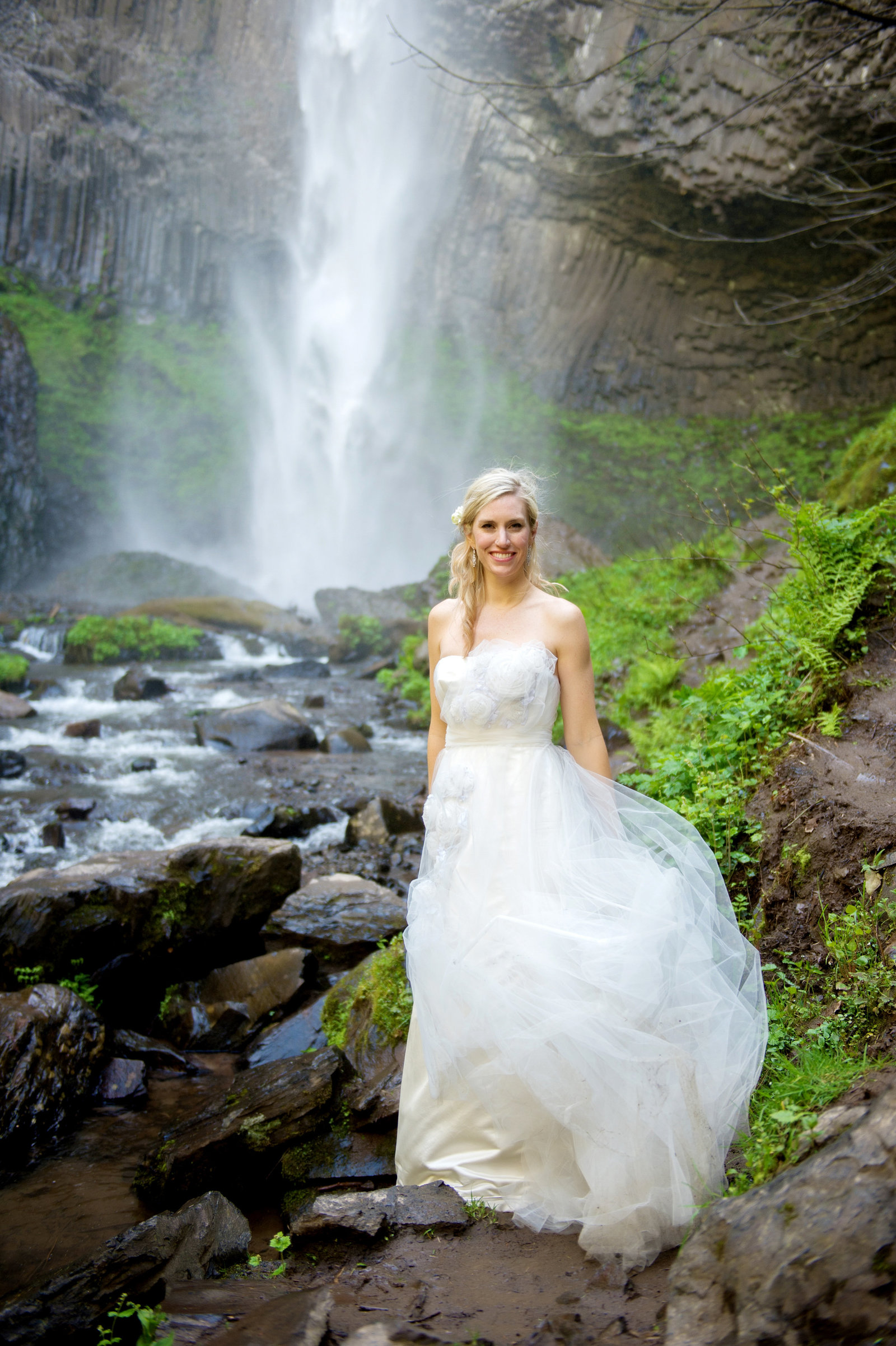 Crystal Genes Photography LATOURELL FALLS ELOPEMENT170421-154118