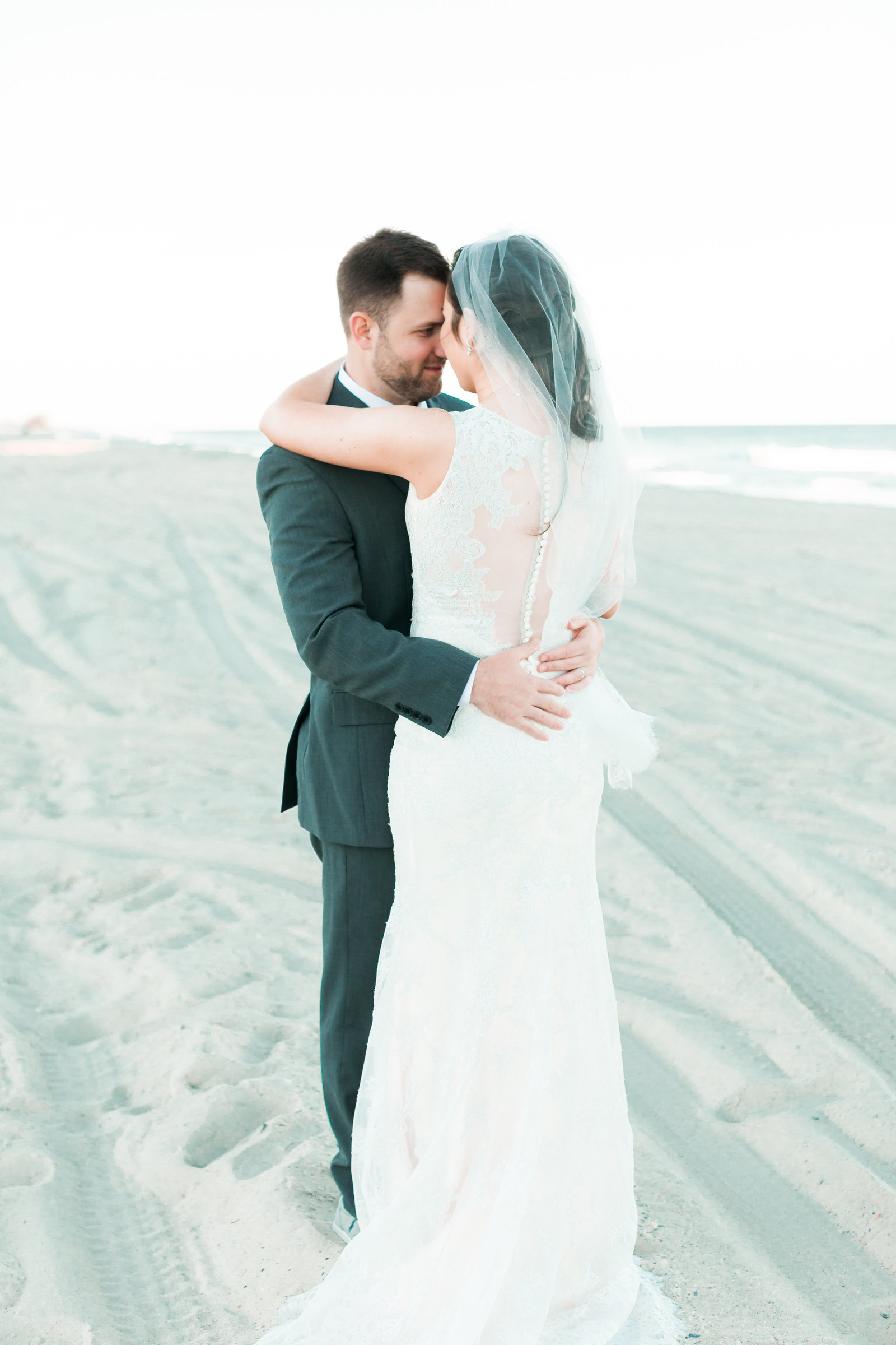 Classic Outer Banks Wedding by Elizabeth Friske Photography-46