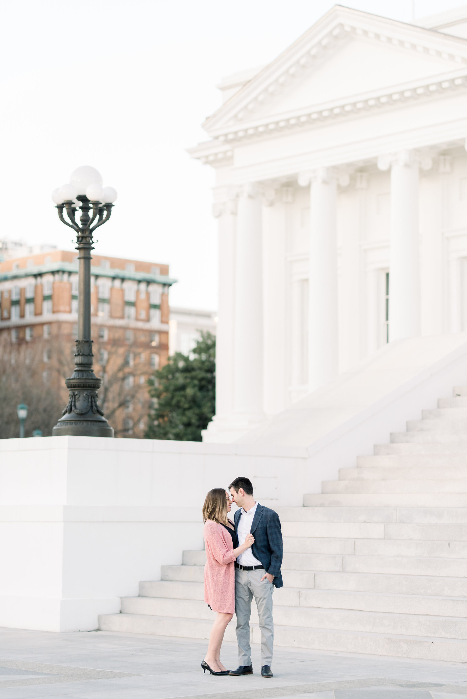 richmond-virginia-capitol-building-engagement-session-photo472