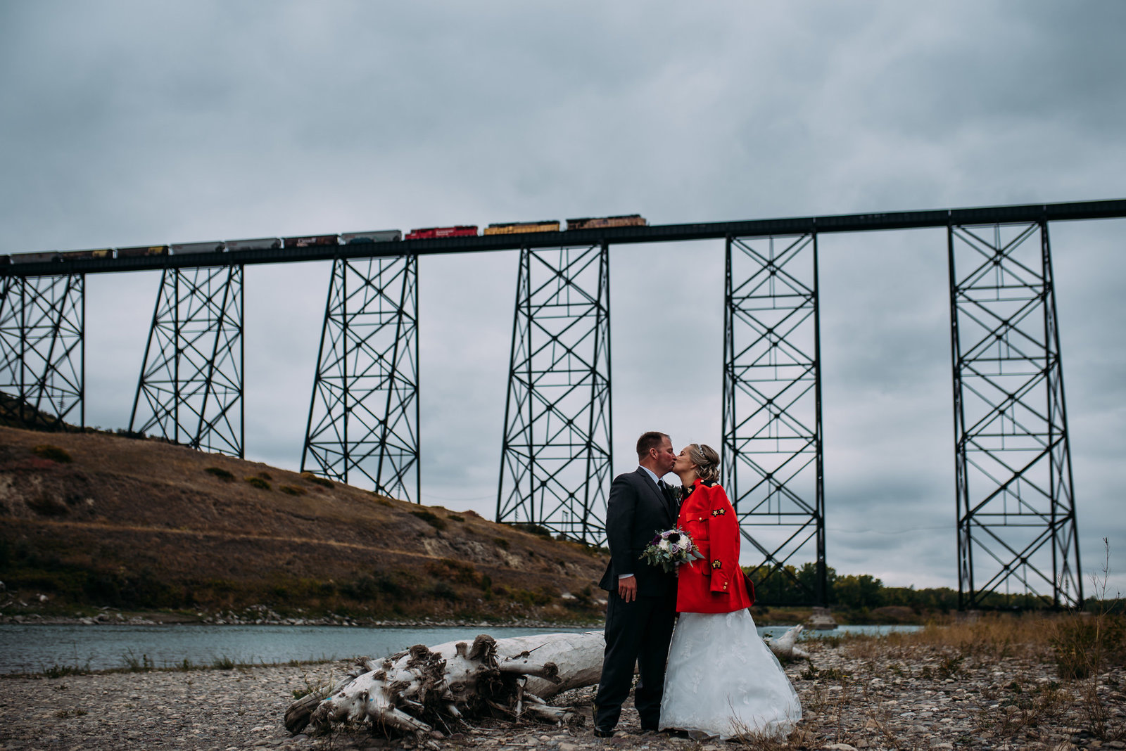 LETHBRIDGE|CANMORE |CALGARY|SOUTHERN ALBERTA PHOTOGRAPHER laura manson photography jj
