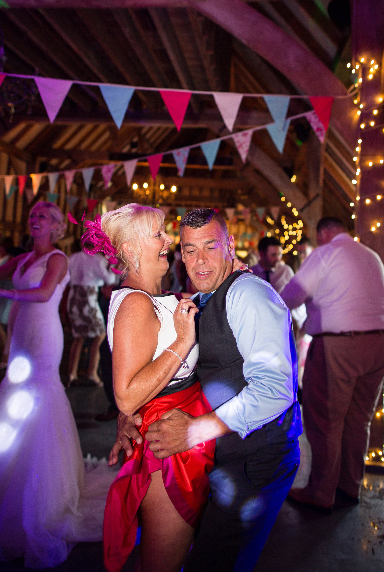 adorlee-0564-southend-barns-wedding-photographer-chichester-west-sussex