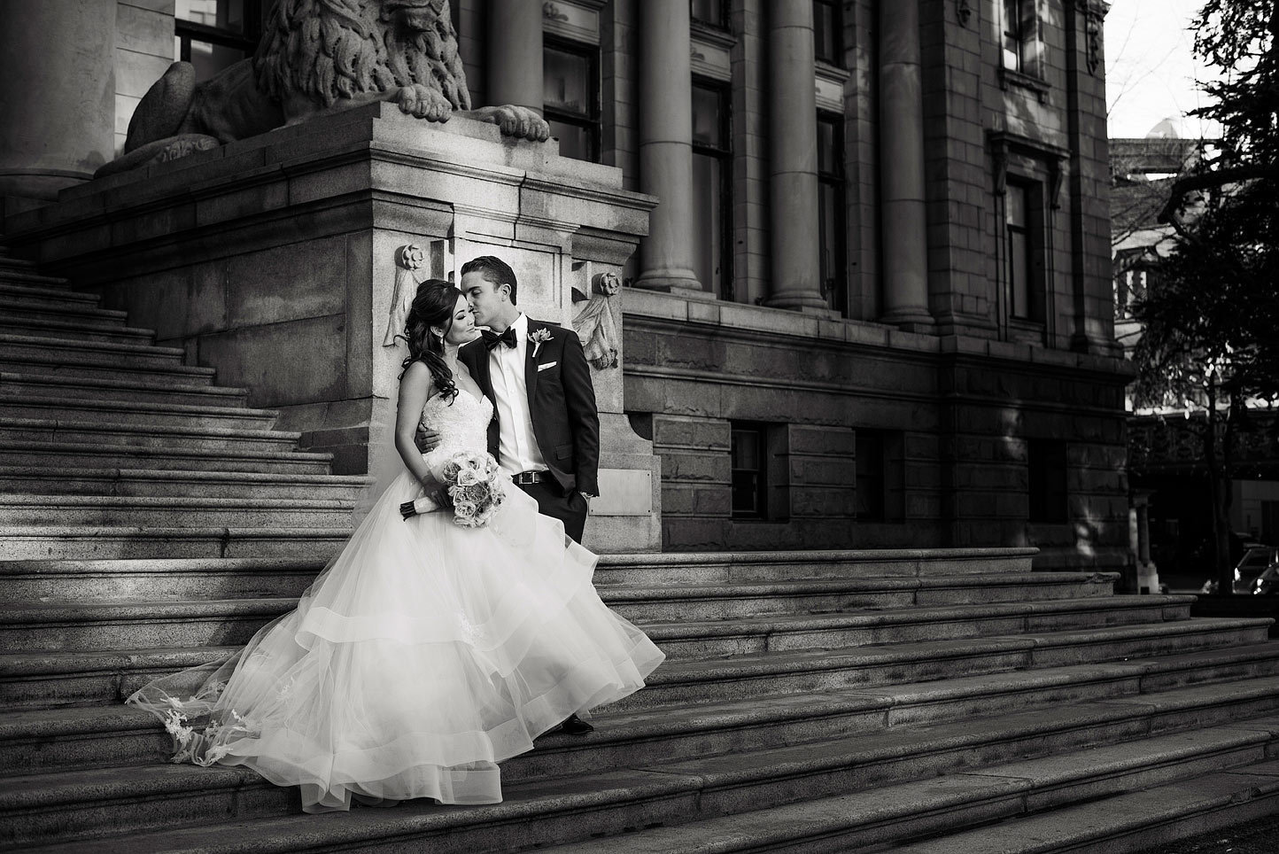 vancouver-wedding-photography-fairmont-vancouver-hotel-wedding-jasalyn-thorne-photography-JD120