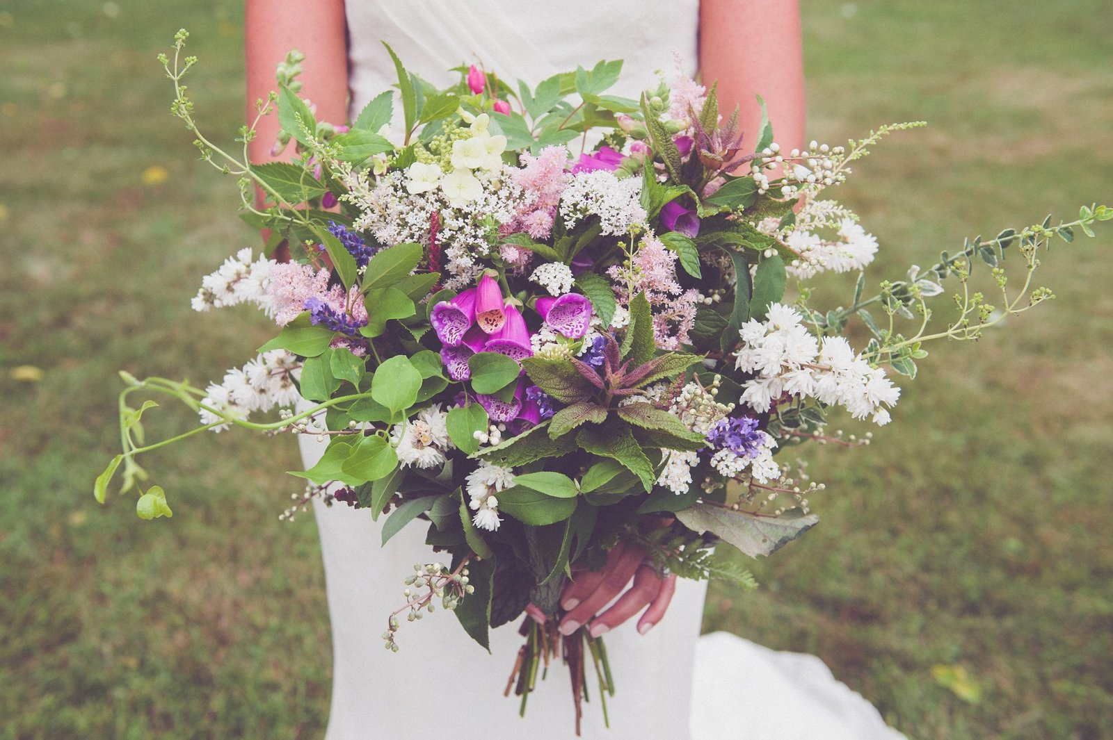 wedding bouquet, wedding photography