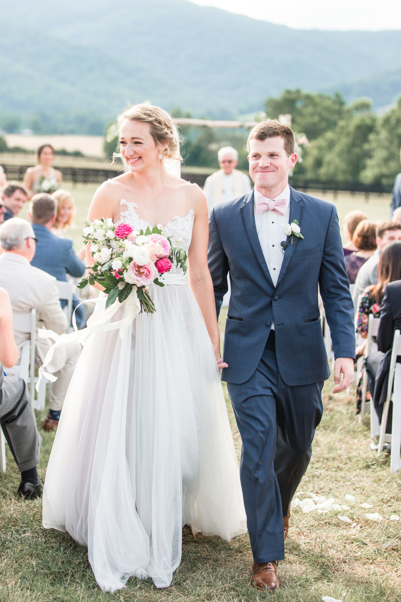 kings-family-vineyard-charlottesville-virginia-blush-wedding-photo181