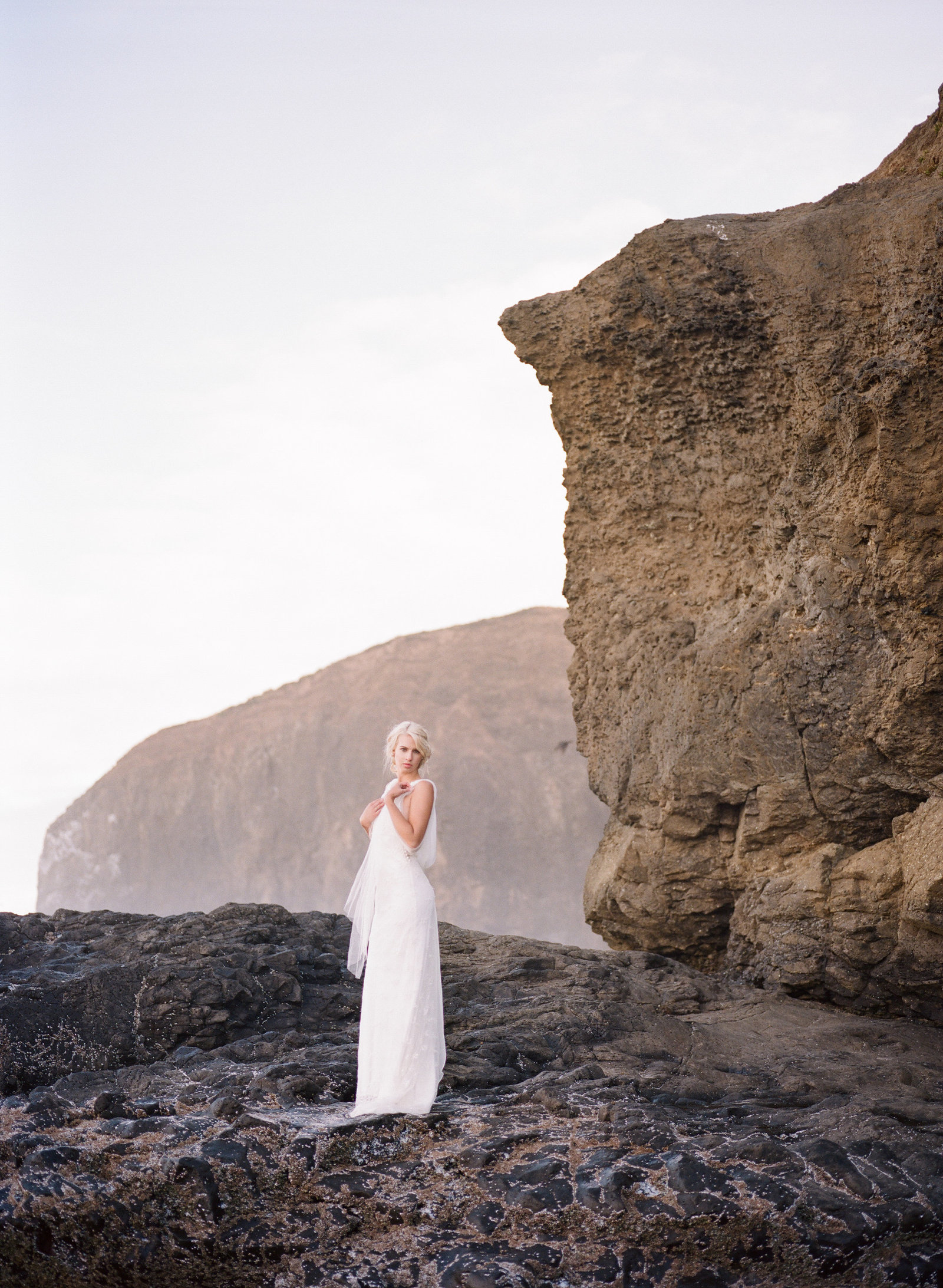 Galatea_romantic_beach_oregon_coast_wedding_dress_JoanneFlemingDesign10