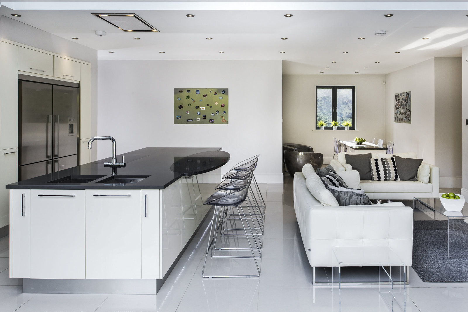 open plan living kitchen London interior
