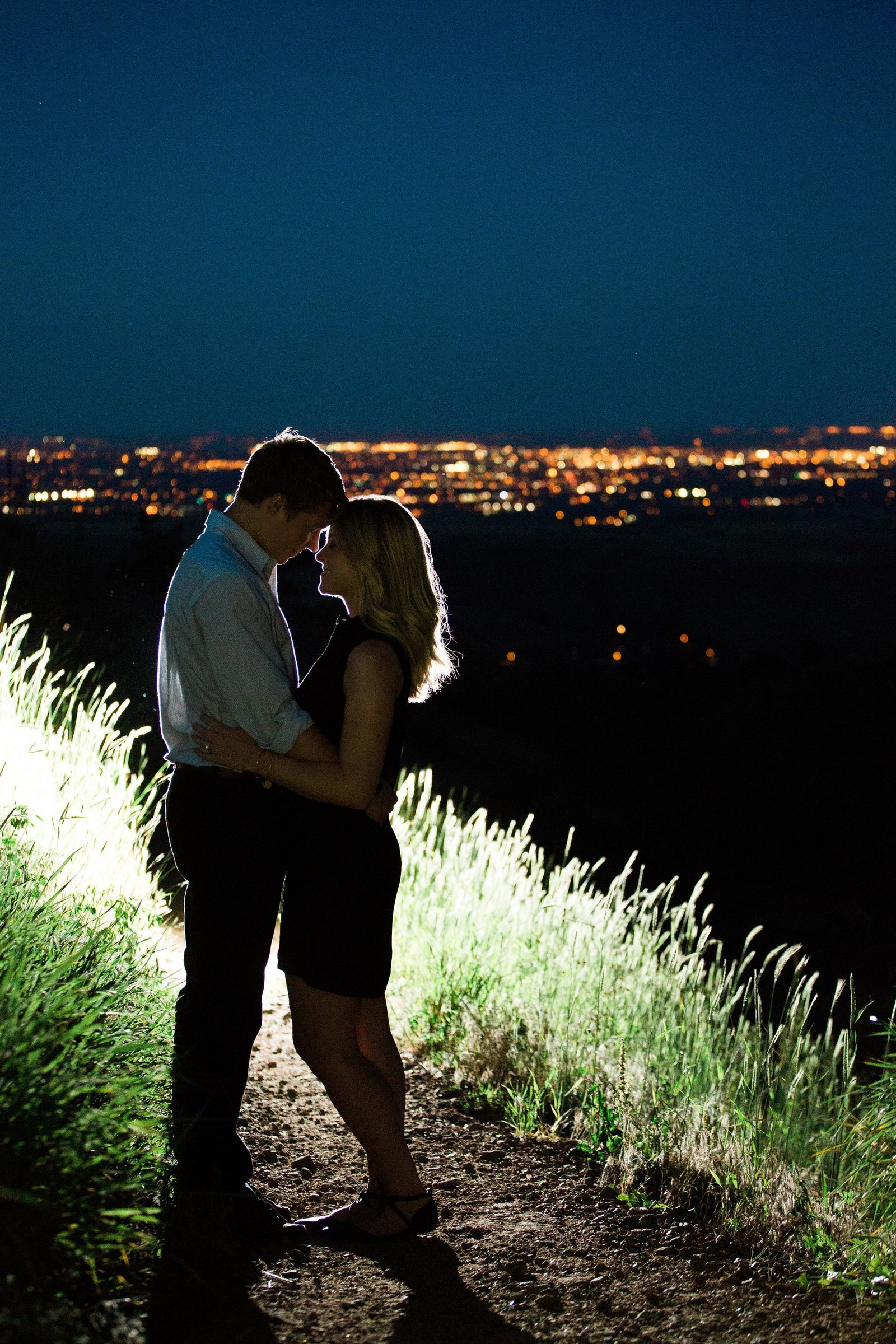 Engagements -Denver Lookout Mountain Engagement Session Golden Colorado Wedding Photographer Overlook City Lights Nature Outdoors Valley Light Couple (2)