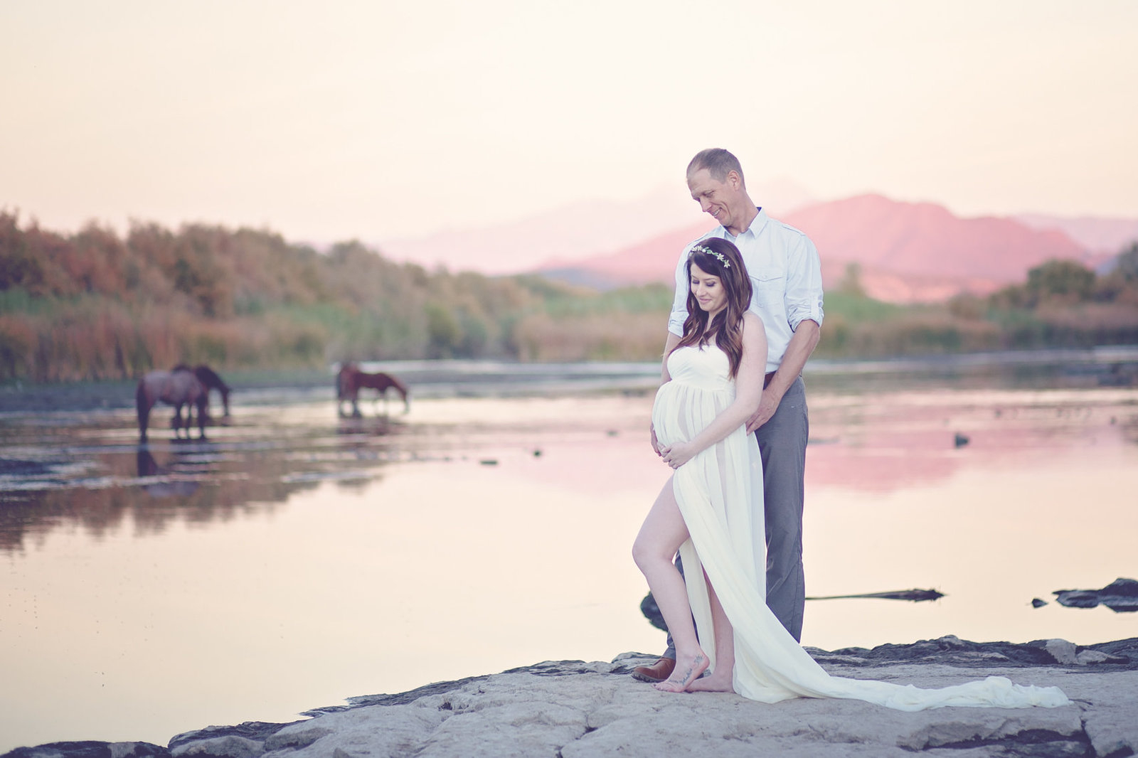 Scottsdale, Arizona Desert Maternity Photo at Rio Verde River by Plume Designs & Photography