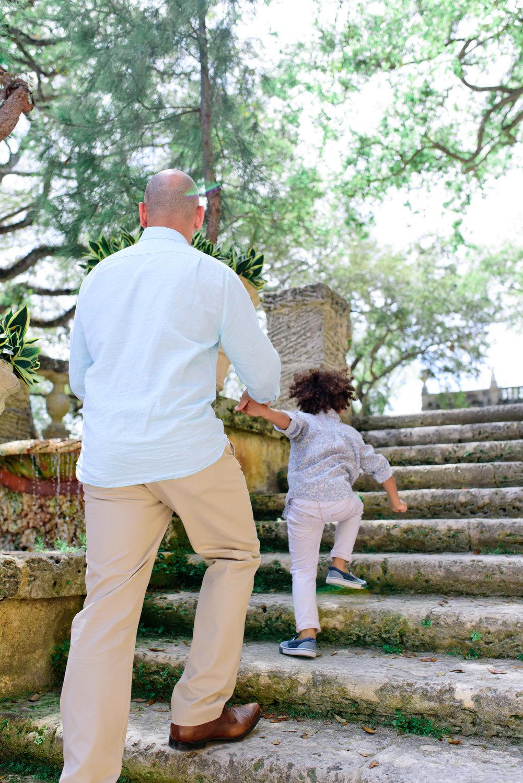 Vizcaya Gardens family photographer 0004