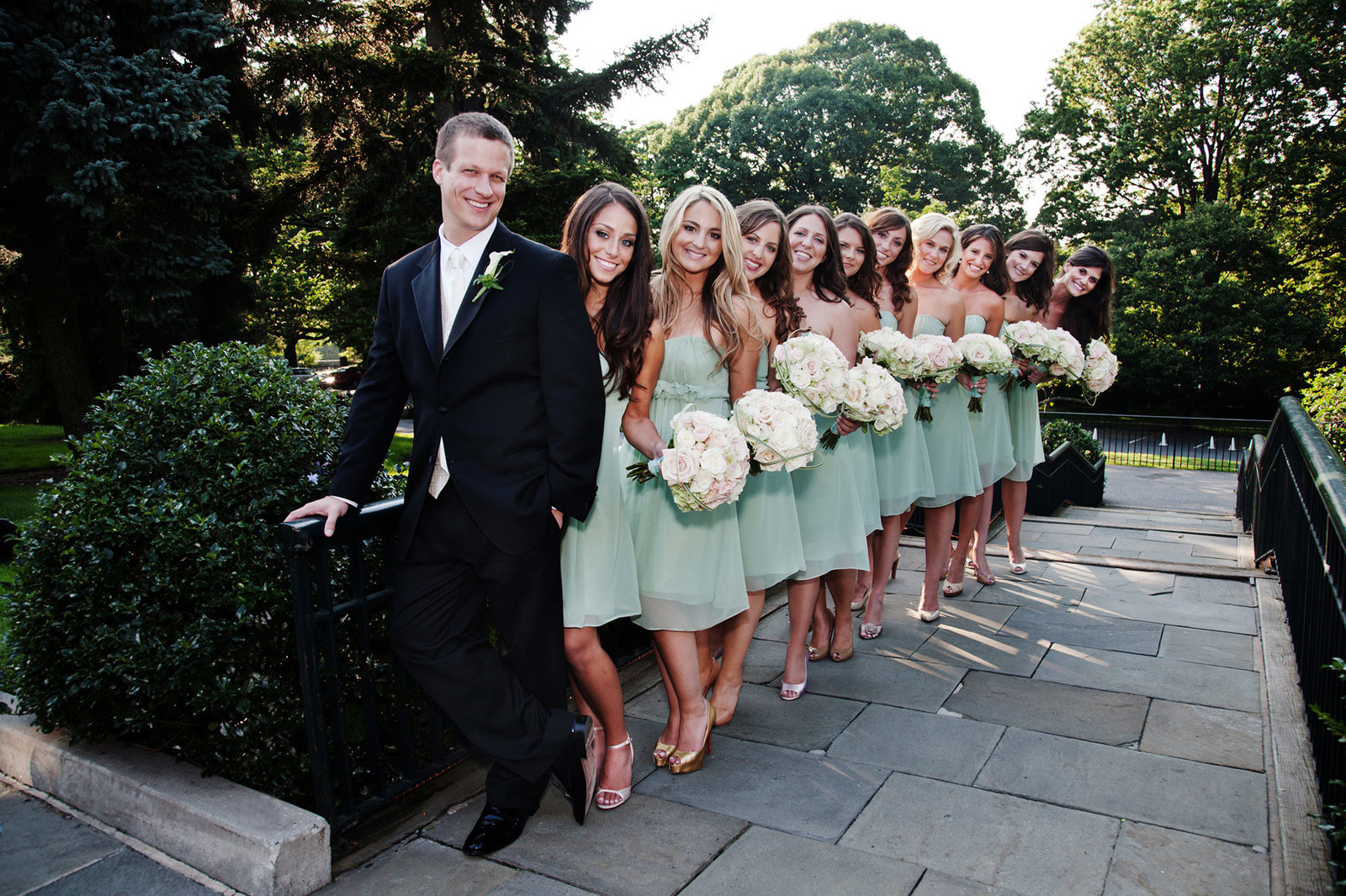 G-33Bridal-Party-Portrait