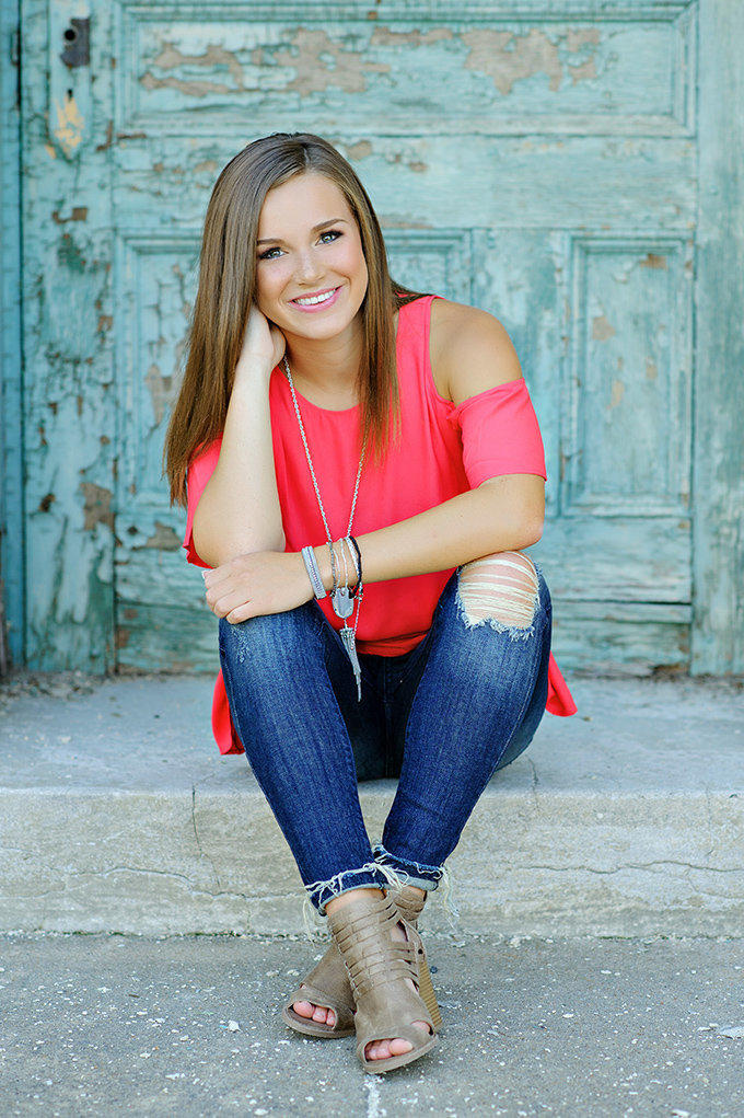 gorgeous senior portrait kansas city teal steps