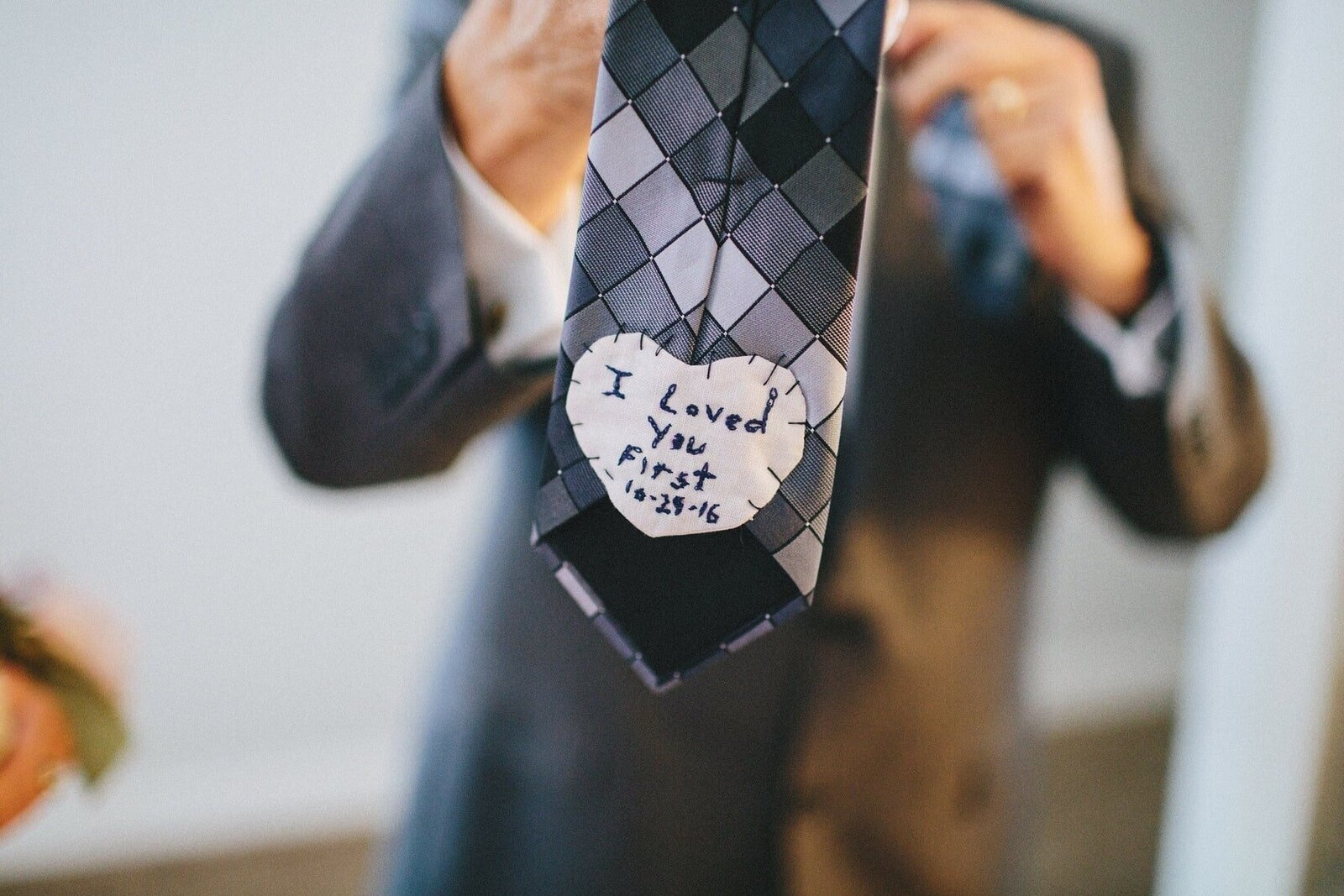 handmade-groom-tie-special-touch