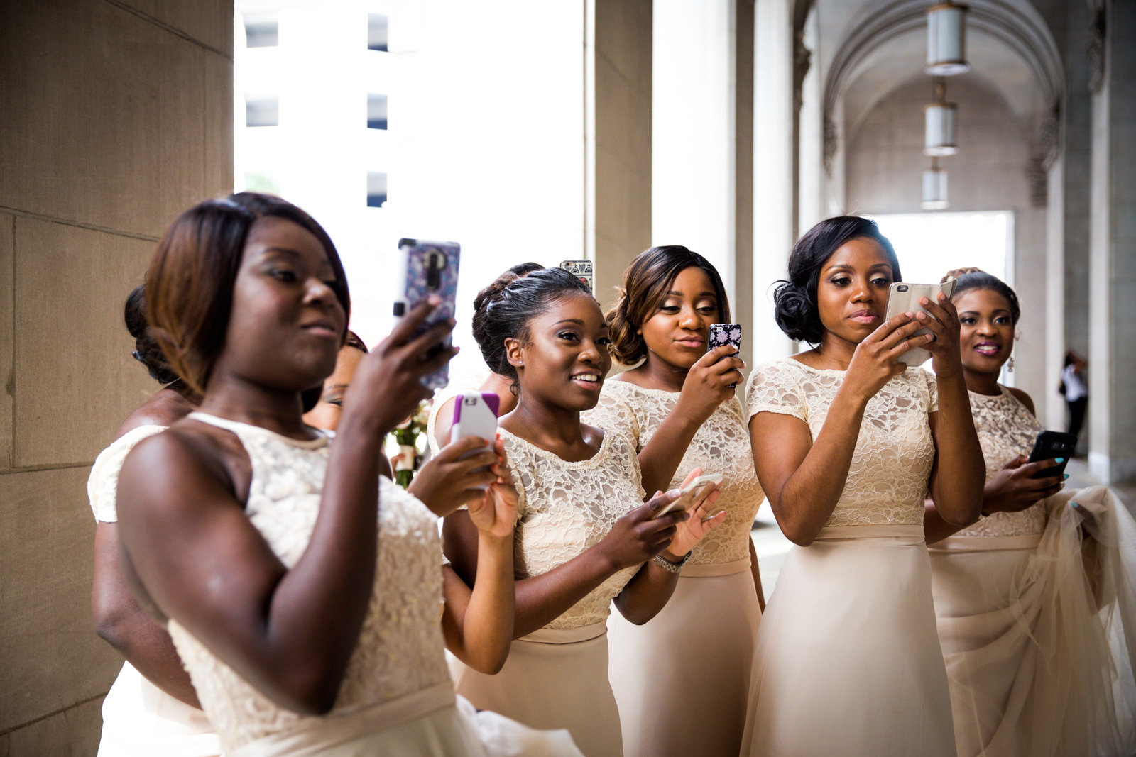 Bridal party portraits in center city philadelphia  photos  by Greg Davenport Photography