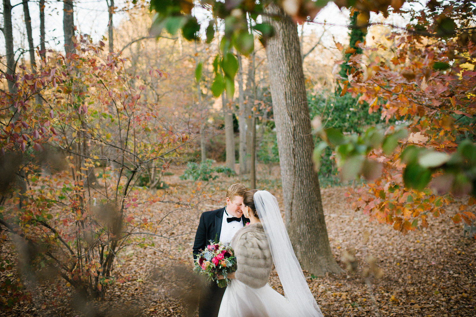 fall wedding along the main line in philadelphia