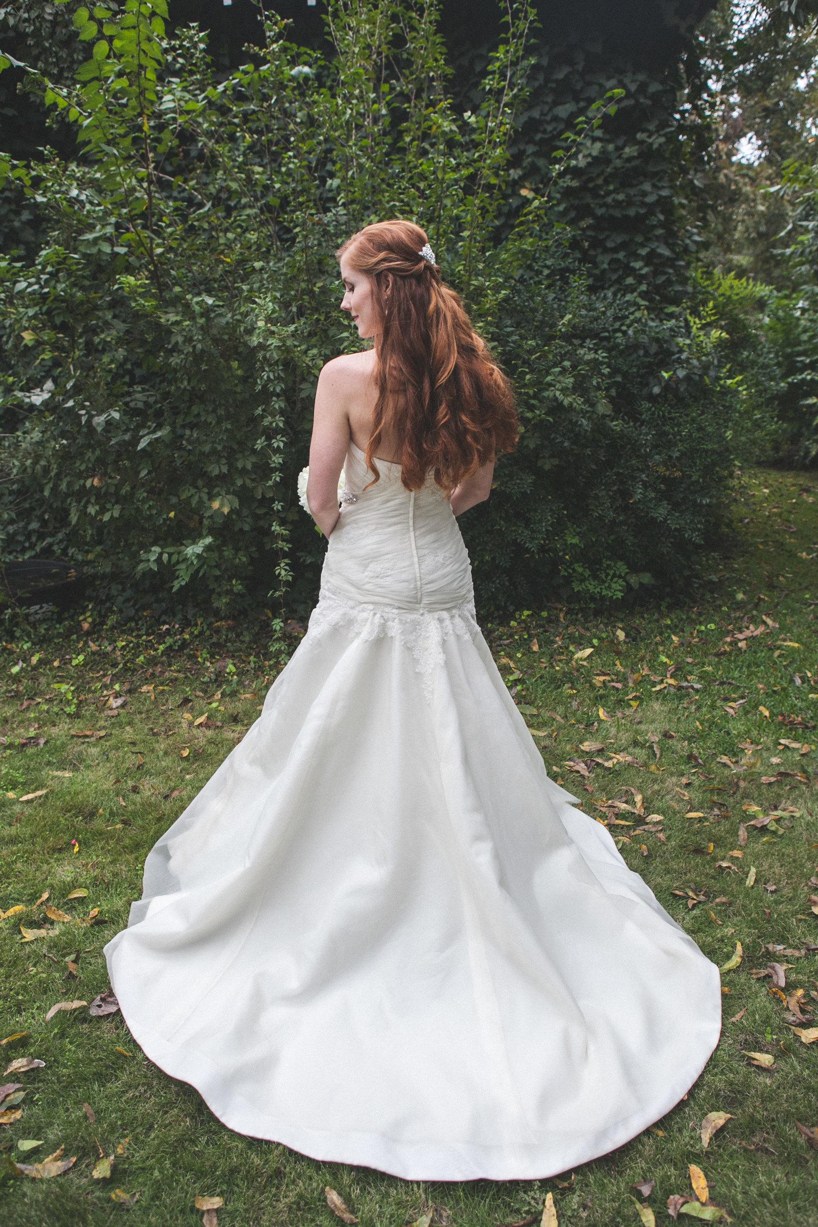 Austin Family Photographer, Tiffany Chapman, bride from behind photo