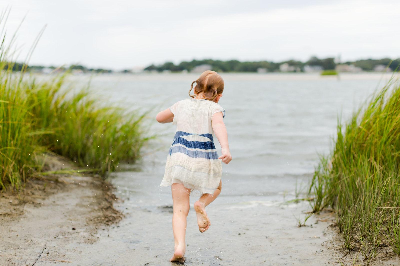 lifestyle childhood candid photography brooke tucker photography