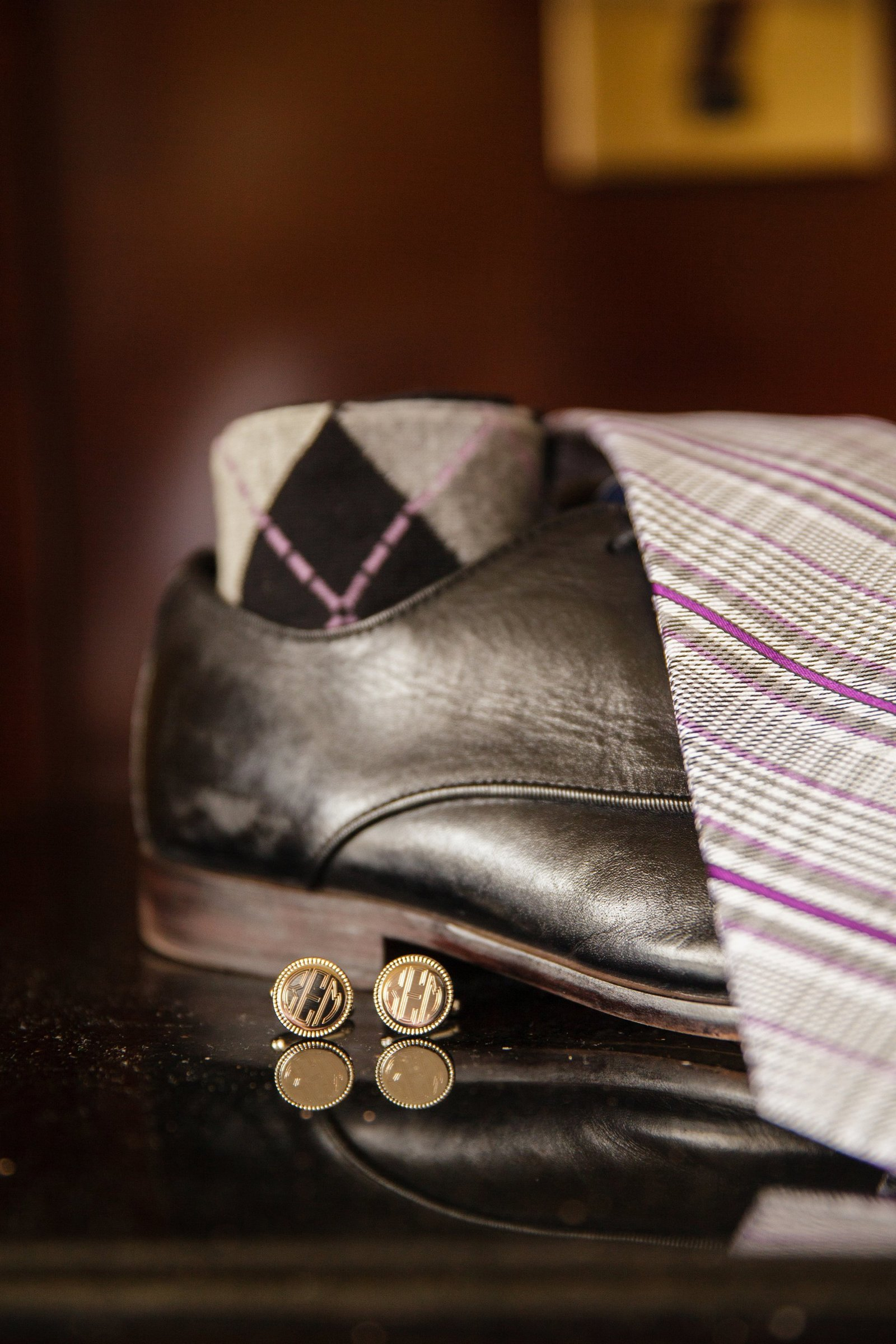 groom-wedding-cufflinks