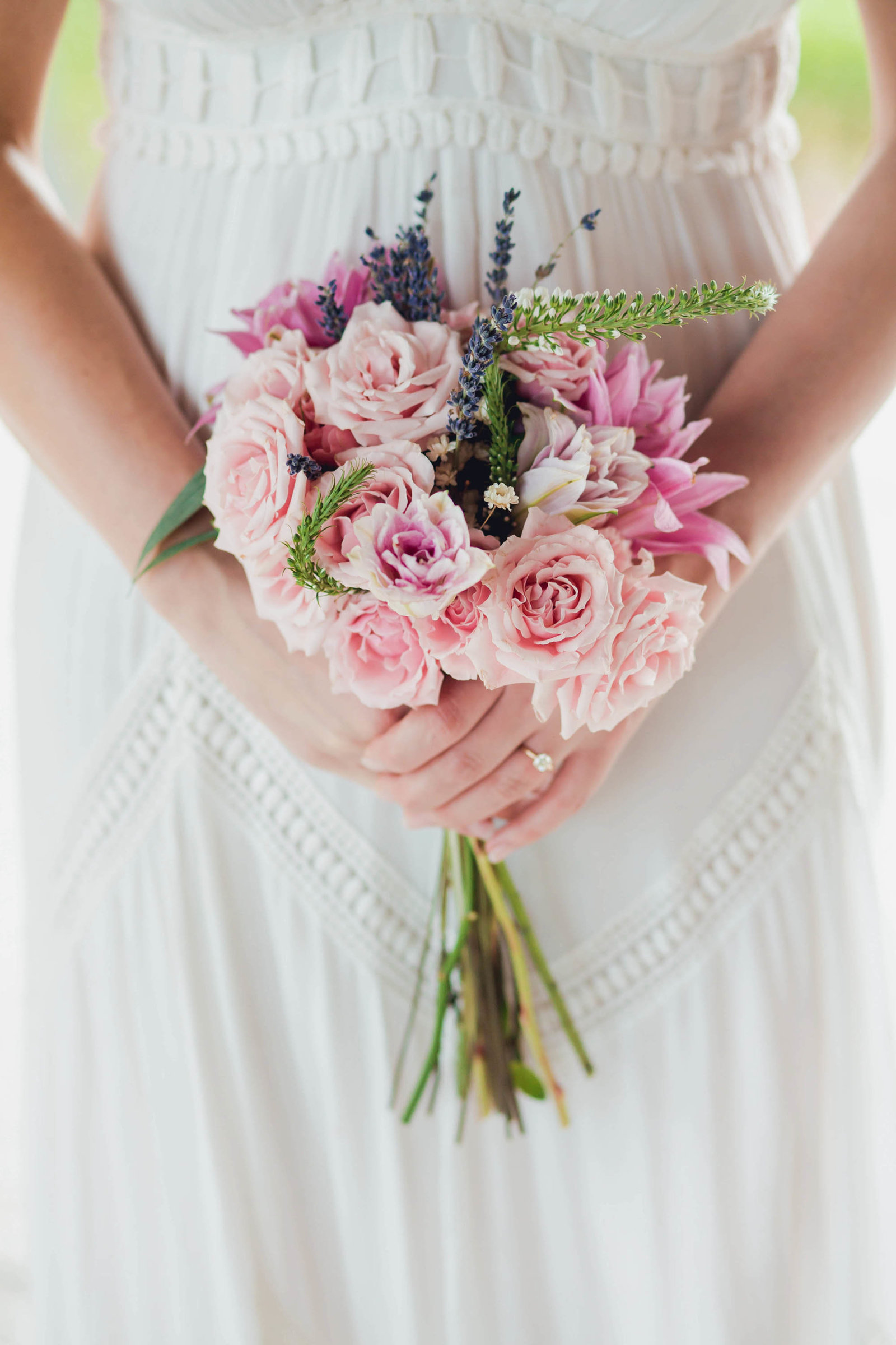 bouquet-bridal-spring-lookbook-pepper-plantation-black-white-blush-makeup-kate-timbers-photography107