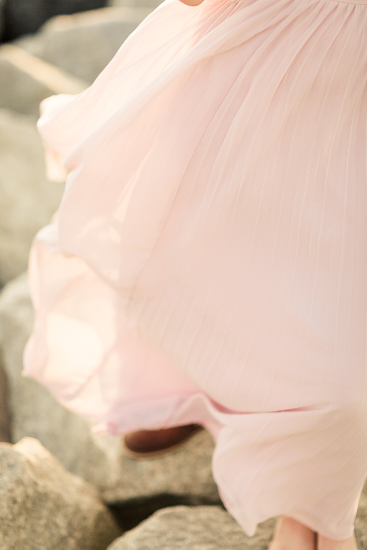 i-blush-engagement-dress-photos
