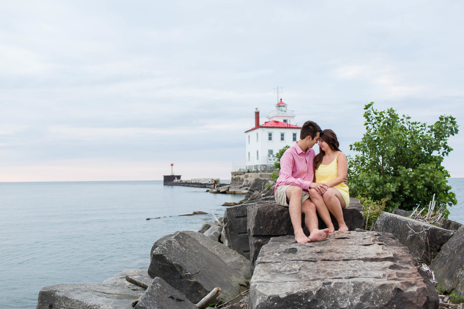 headlands-beach-mentor-ohio-engagement-session-48
