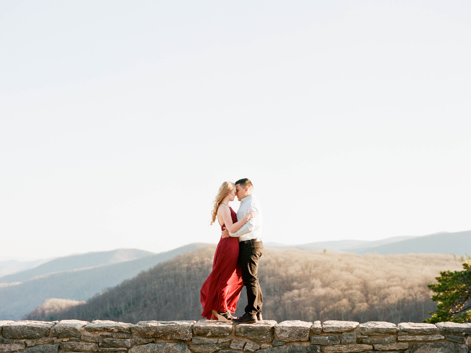 Klaire-Dixius-Photography-Virginia-Wedding-Photographer-Shenandoah-Valley-Skyline-Drive-Engagement-Session-Fredy-Kaila-Film-19