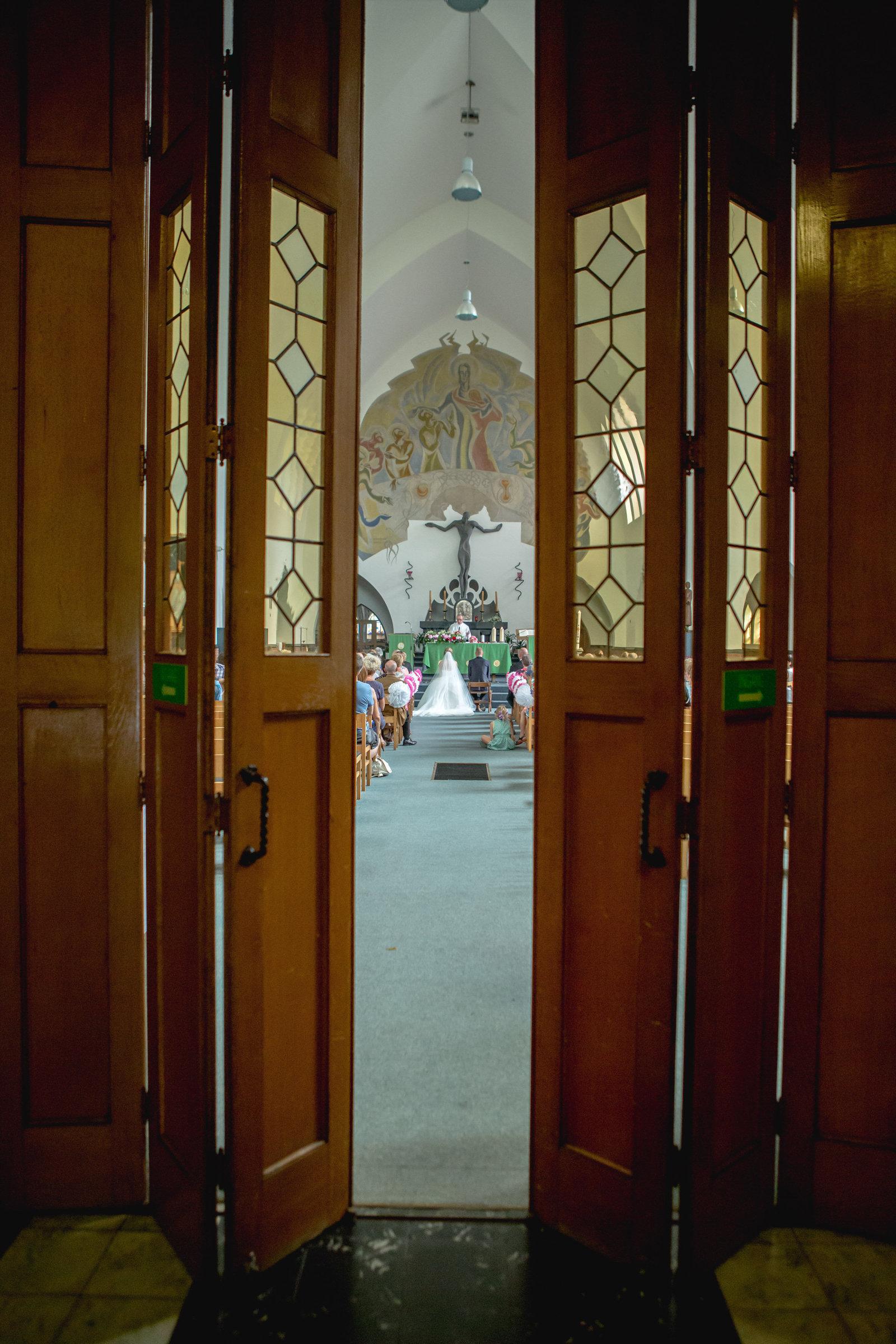 St Jozefkerk Brasschaat trouw Karolien en hans kerk foto