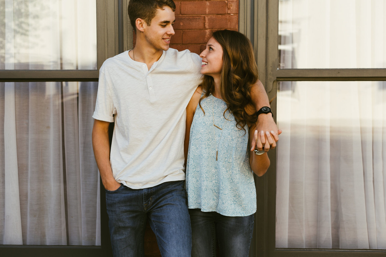 Heath-HannahRuth-Engagement-Shoot-SaraLane-And-Stevie-Wedding-Photographers-21b