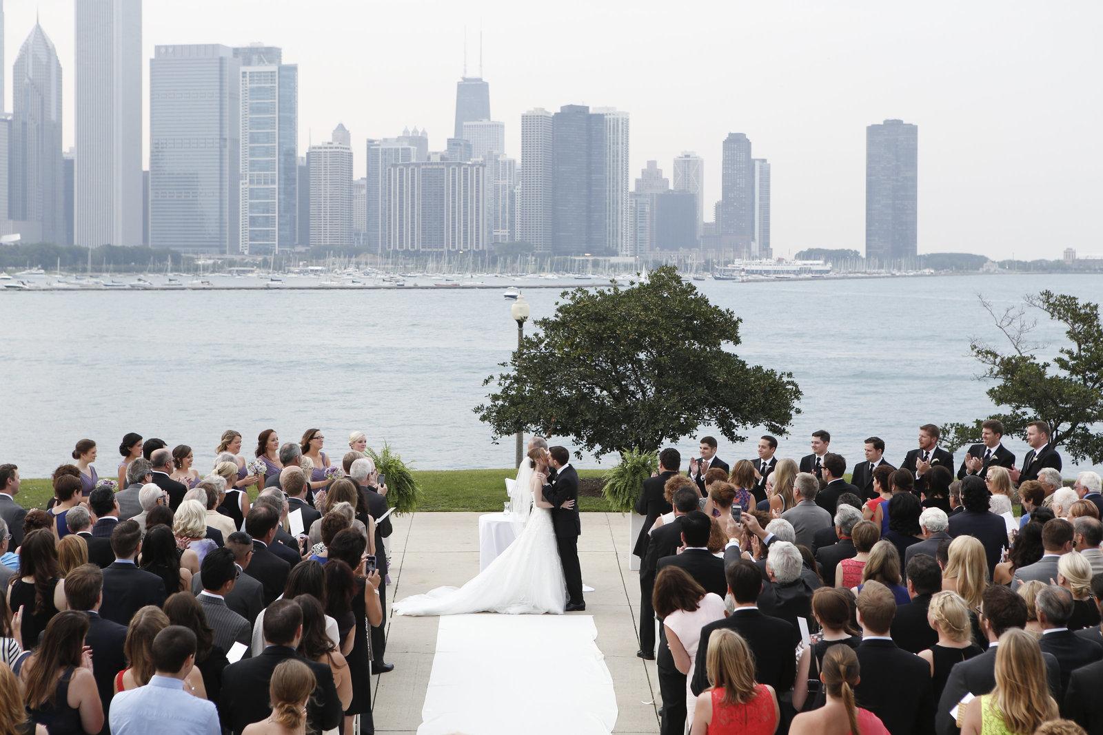 adler planetarium wedding pictures chicago wedding photographer-9530