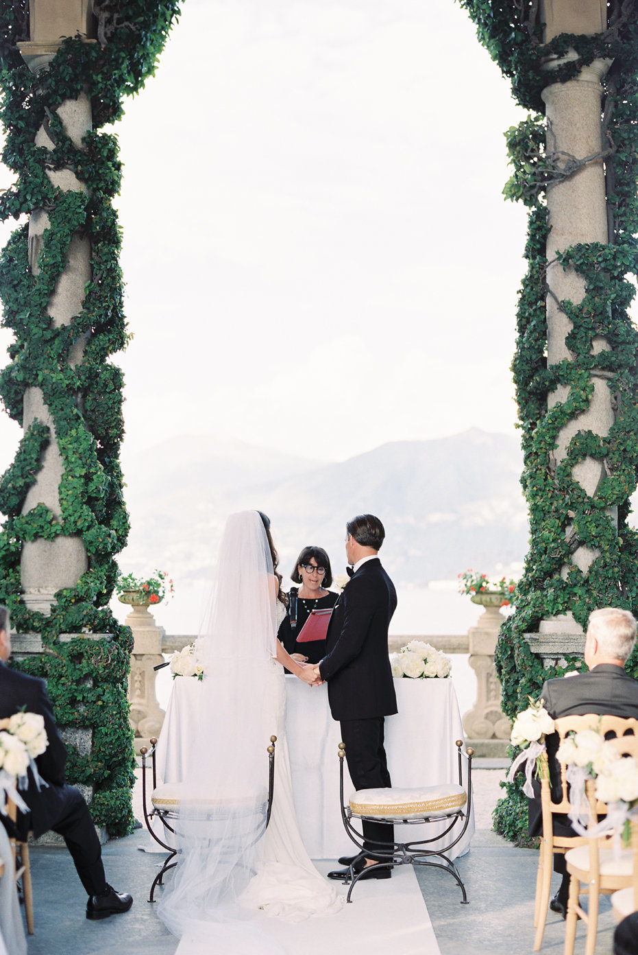 lake_como_italy_villa_balbianello_destination_wedding_melanie_gabrielle_049