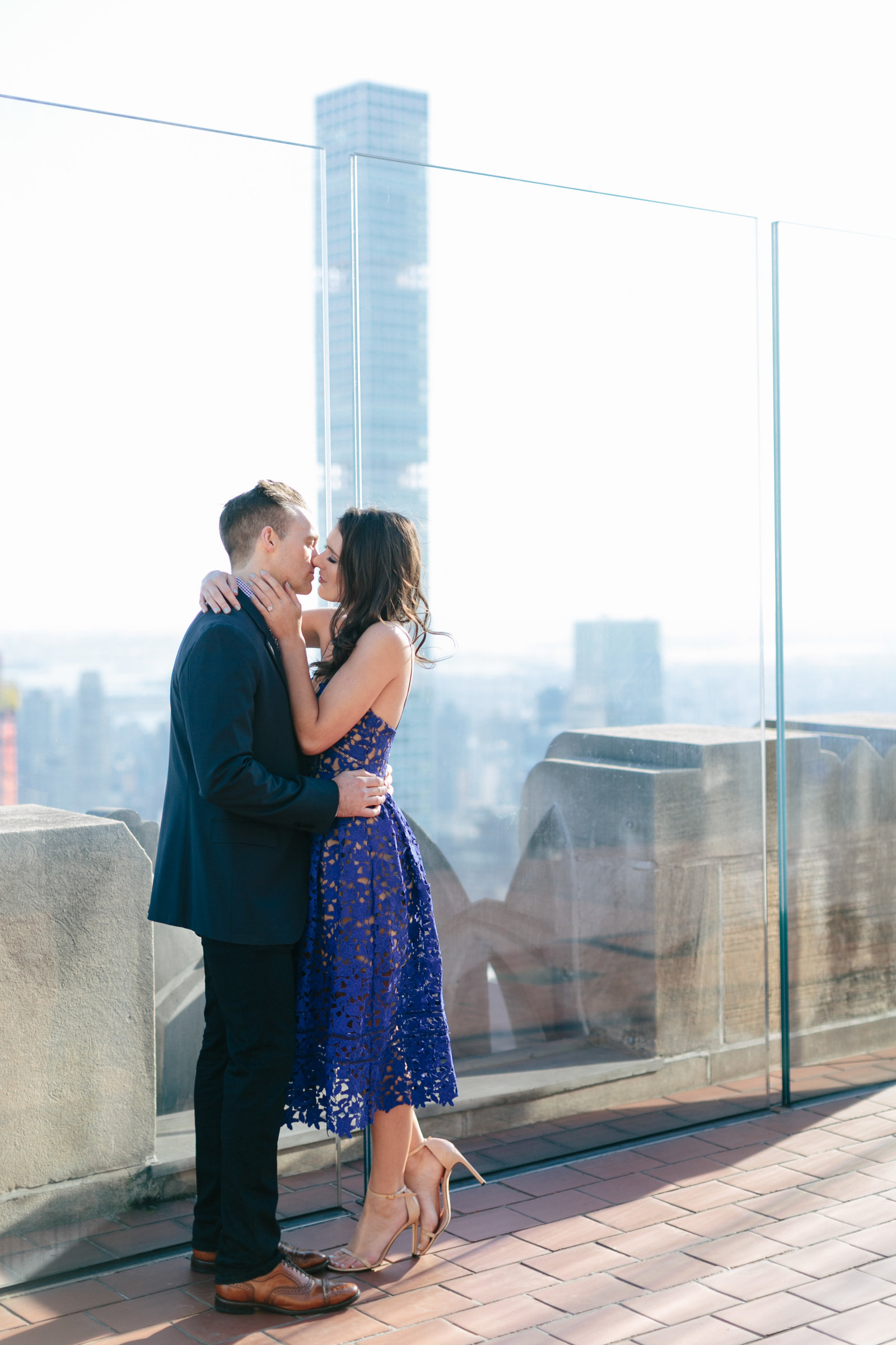 rockefeller-center-engagement-photography-new-york-city0813