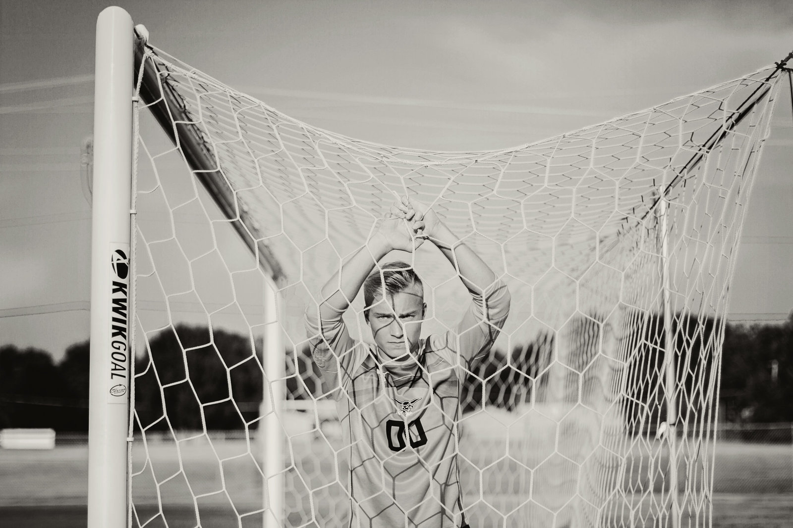 senior | elizabeth street photography | soccer | West Fargo, ND