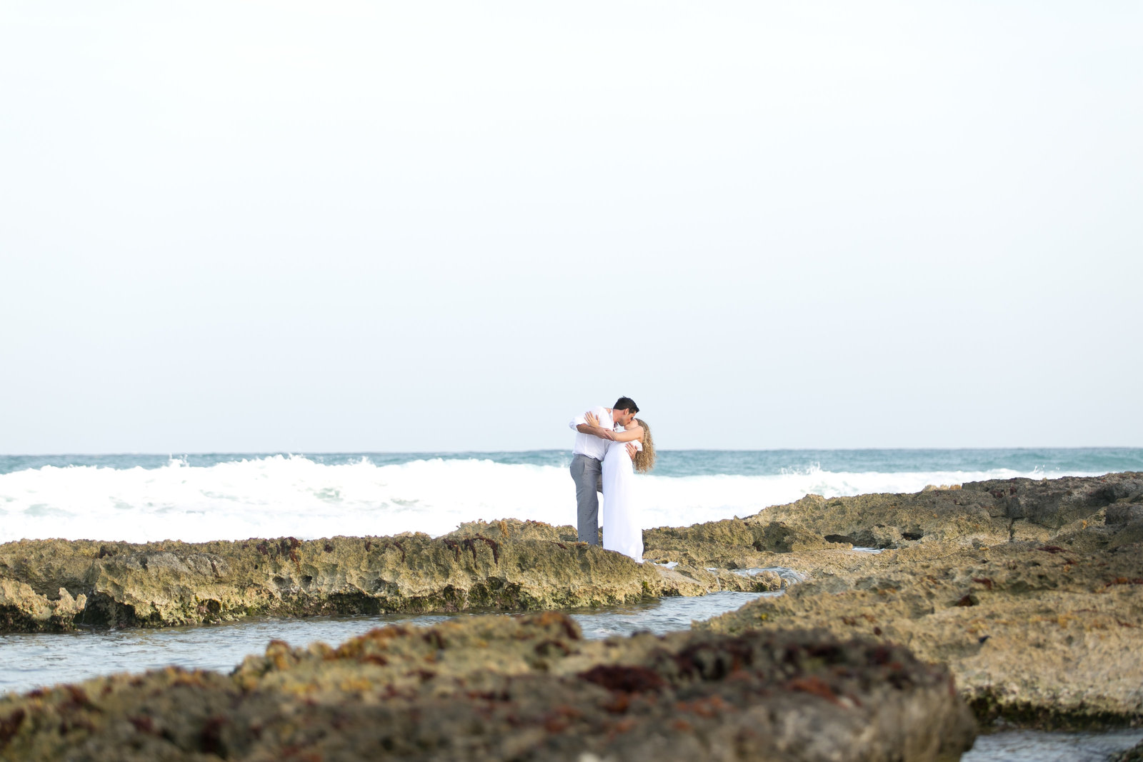 Destination Wedding Photographer Jess Collins Photography does Trash The Dress photo session at Grand Palladium Kantenah with bride and groom