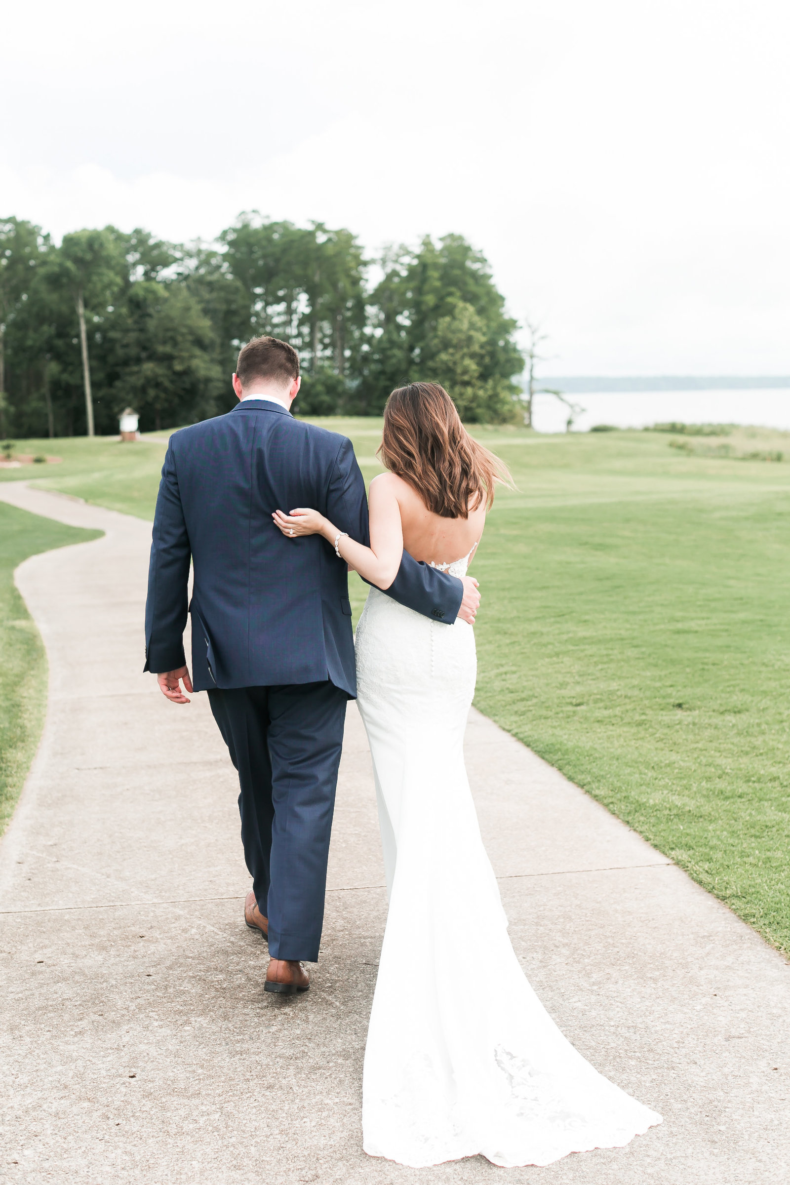 Two Rivers Country Club Classic Memorial Day Wedding by Elizabeth Friske Photography-46