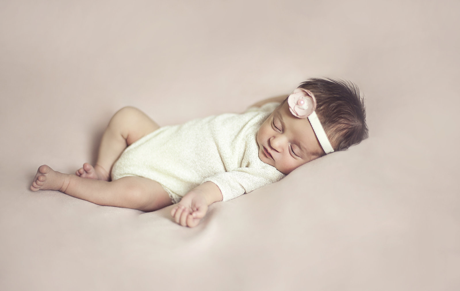 newborn photographer in Stockport, Cheshire