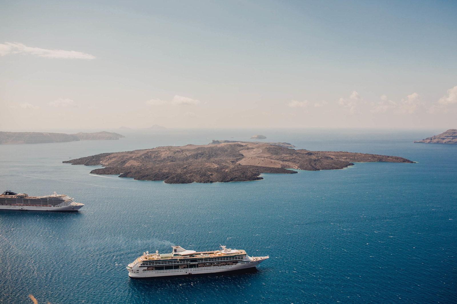 charleston travel photographer  kate Timbers does photography for destinations like santorini.