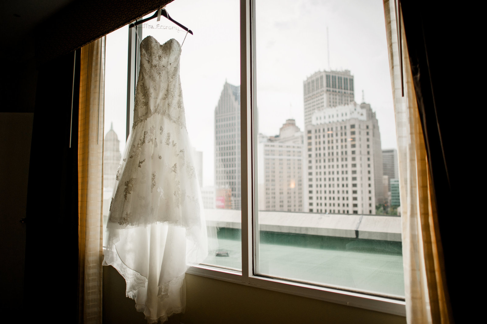 Detroit Country Club Grosse Pointe Michigan Wedding