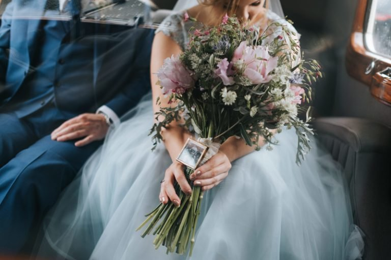 Pale_blue_tulle_wedding_dress_JoanneFlemingDEsign_MissGenPhotography