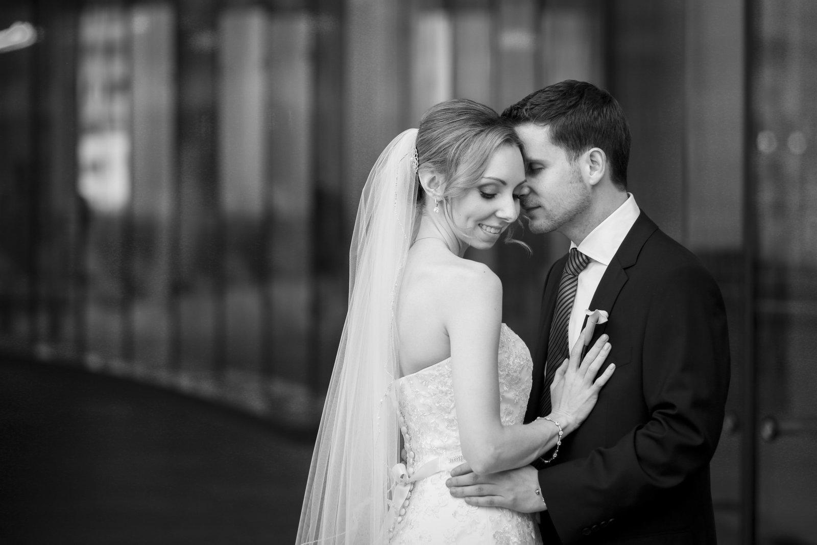 adler planetarium wedding pictures chicago wedding photographer-8733