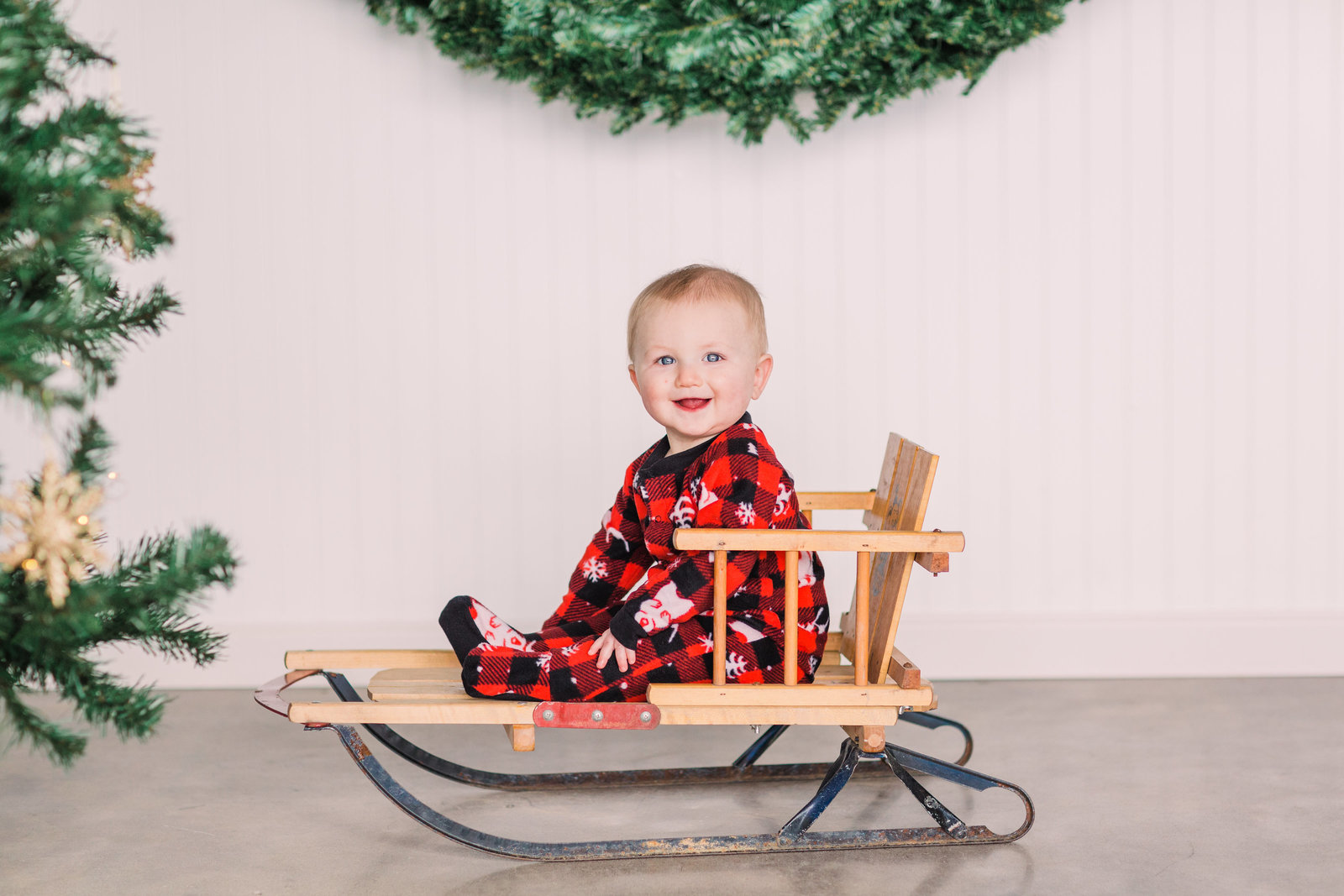 McGraw-Christmas-Jackelynn-Noel-Photography-9