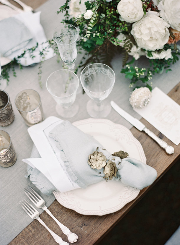 a-gorgeous-european-french-tablescape-max-gill-jill-lafleur-normandy-france-chateau-le-val-sylvie-gil-photography-melanie-gabrielle-photography-21
