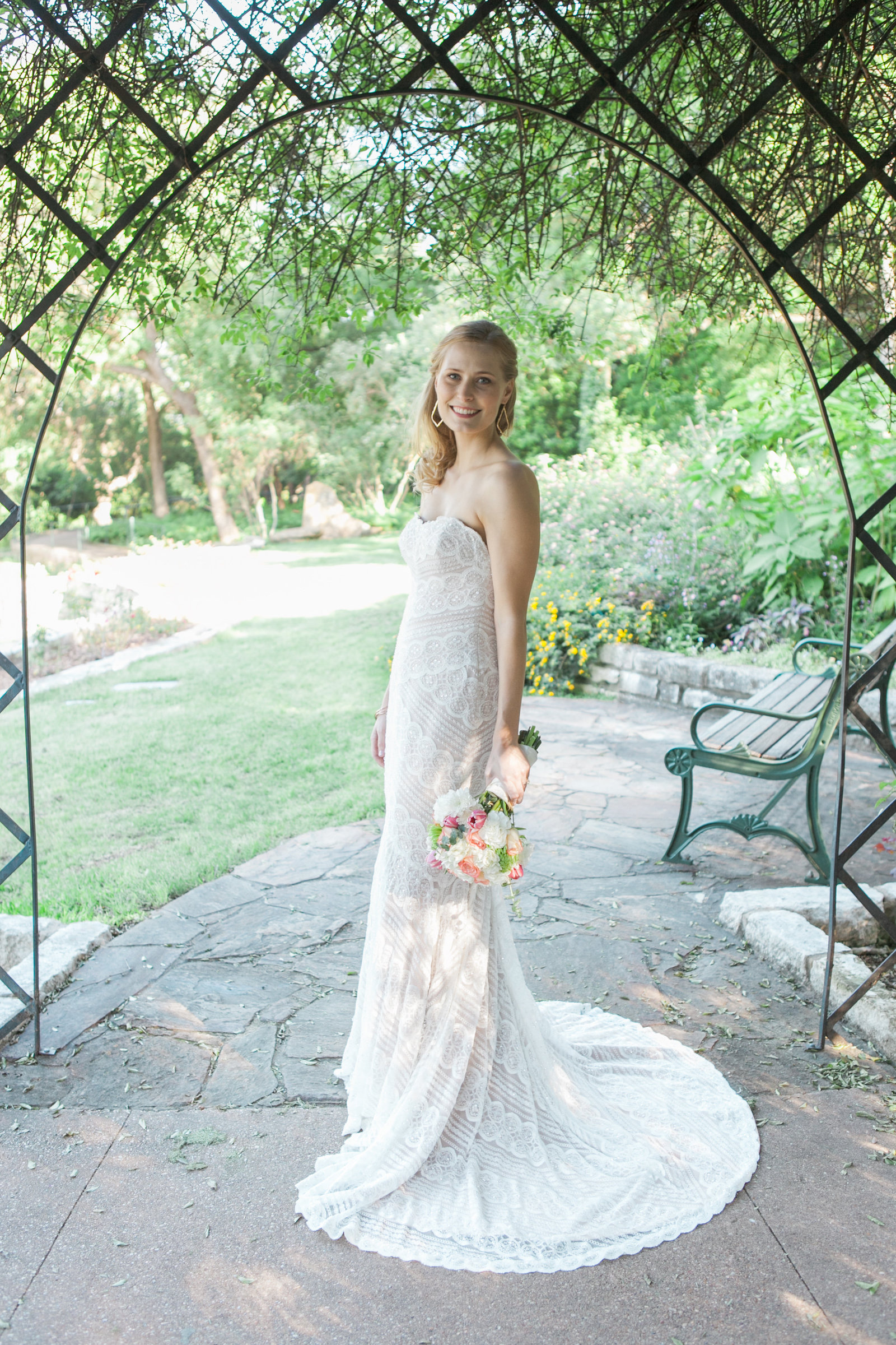 Austin Family Photographer, Tiffany Chapman, bride in garden